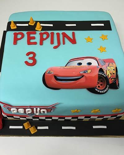 Verjaardagstaart Cars Bakken & Zo